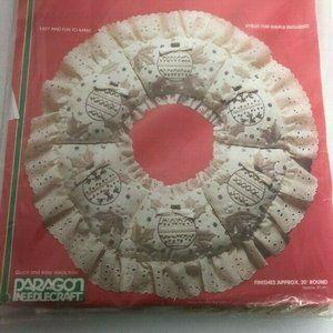 Paragon Needlecraft 20 inch Wreath Kit